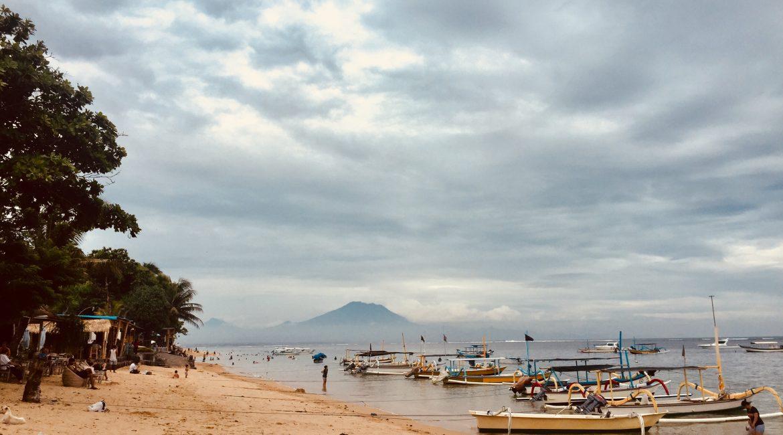Hello Bali December 2017 – Sun Salutation