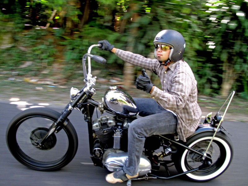 GGus on his iron horse of chrome, Sportster Ironhead 1961 (photo by Donni Celuk)